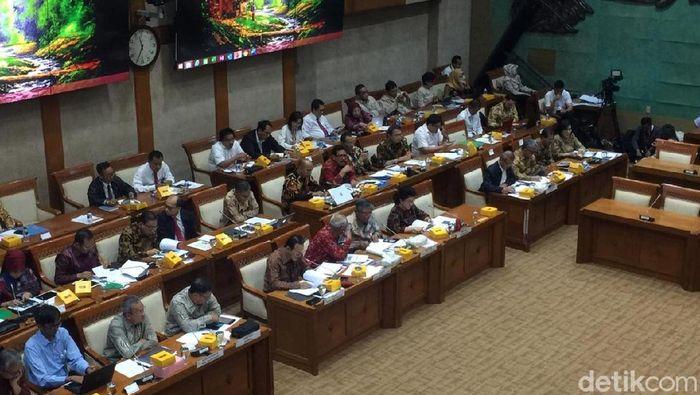 Foto: Rapat DPR, Wamenkeu dan Menkes bahas Iuran BPJS Kesehatan, (Vadhia Lidyana/detikFinance)