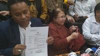 Bawa-bawa Ikan Asin, Farhat Abbas Dukung Elza Syarief Lawan Nikita