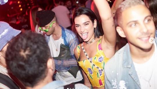 Dua Lipa, Prilly Latuconsina, Keanu Reeves hingga Zara eks JKT48