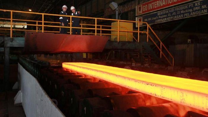 Baja Perdana dari Blast Furnace Krakatau Steel