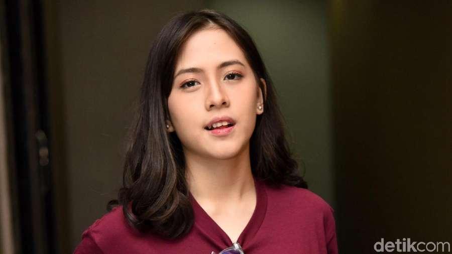 Pesona Zara Eks JKT48 yang Jajal Film Horor