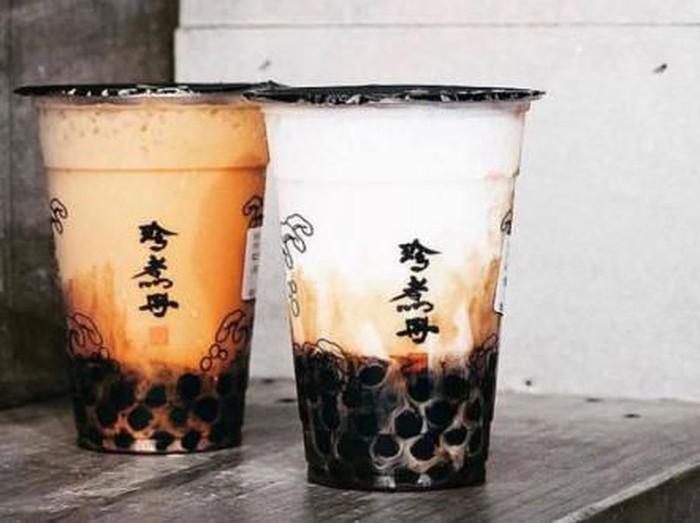 . Di Singapura ada beberapa gerai minuman boba yang populer. Manawarkan beragam racikan boba milk tea yang manis menyegarkan.