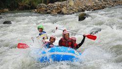 Celebrity on Vacation: Cobain Rafting Sepanjang 9 Km di Garut