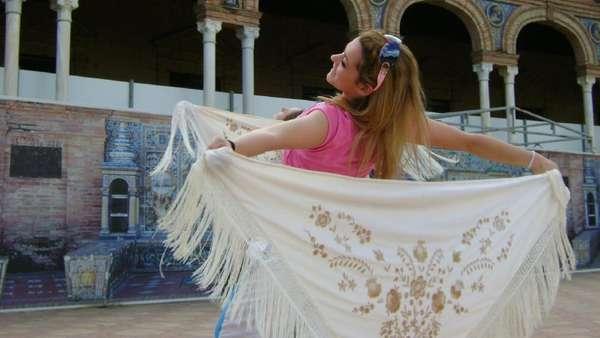 Penyanyi Joana Sainz Tewas karena Ledakan Petasan di Konser