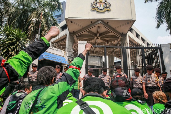 Media Lokal Nasihati Bos Taksi Malaysia yang Singgung Indonesia