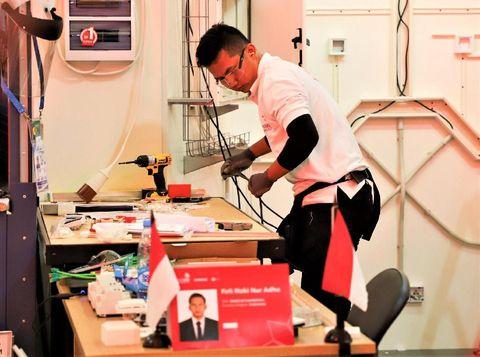 Peserta asal Indonesia saat mengikuti kompetisi