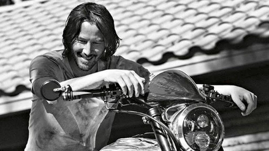 Ngeri, Keanu Reeves Punya Bekas Luka Gegara Lampu Motor Mati di Malam Hari