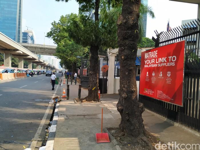 Kondisi terkini di depan Kedubes Malaysia. Foto: Agus Tri Haryanto/detikINET