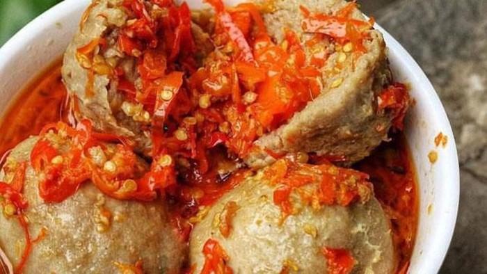 5 Makanan Pedas Paling Populer Ada Ayam Geprek Hingga Bakso Mercon