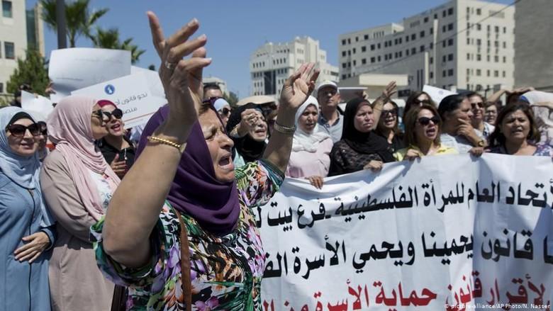 Pembunuhan Atas Nama Kehormatan Picu Kemarahan Publik di Palestina