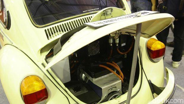 Mesin VW diganti jadi motor dan baterai listrik