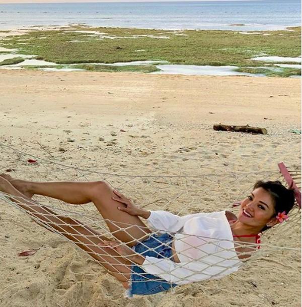Beberapa waktu lalu dia membagikan momen liburannya di Lombok. (farahquinnofficial/Instagram)