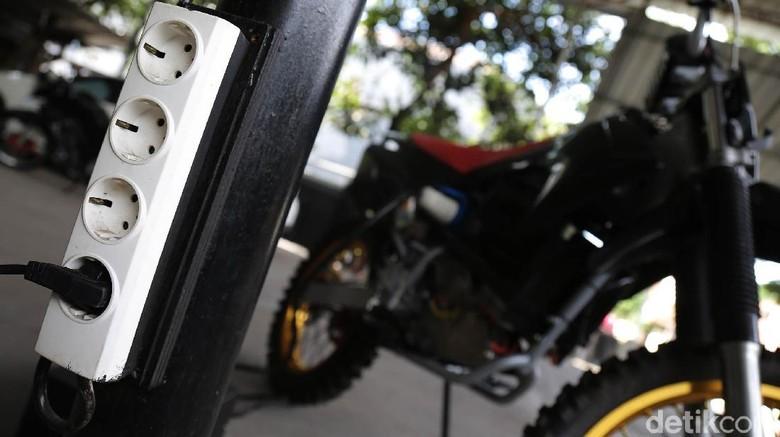 Motor Trail Listrik Made in Bandung