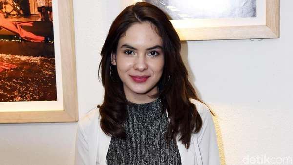 Makin Dewasa, Steffi Zamora Tambah Menawan