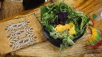 Yougwa Danau Sentani: Segarnya Papeda Kuah Kuning  dan Kepiting dari Timika