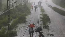 Jadwal Kereta dan Penerbangan Terganggu Imbas Hujan Deras di Mumbai