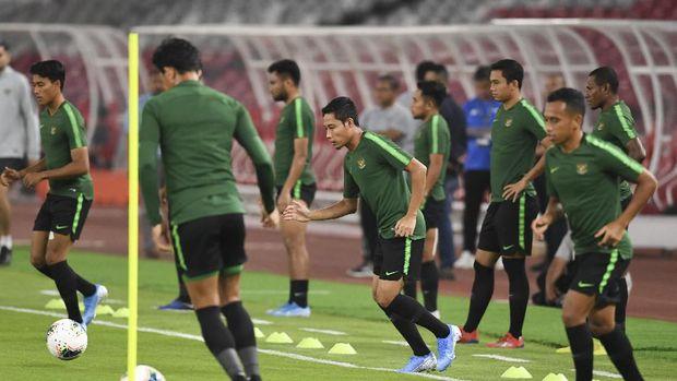 Evan Dimas jadi salah satu pemain senior yang ikut serta dalam Timnas Indonesia U-23.