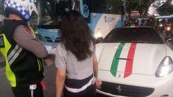 Ditilang Polisi, Ini Alasan Sopir Tak Pasang Nopol di Mobil Ferrari
