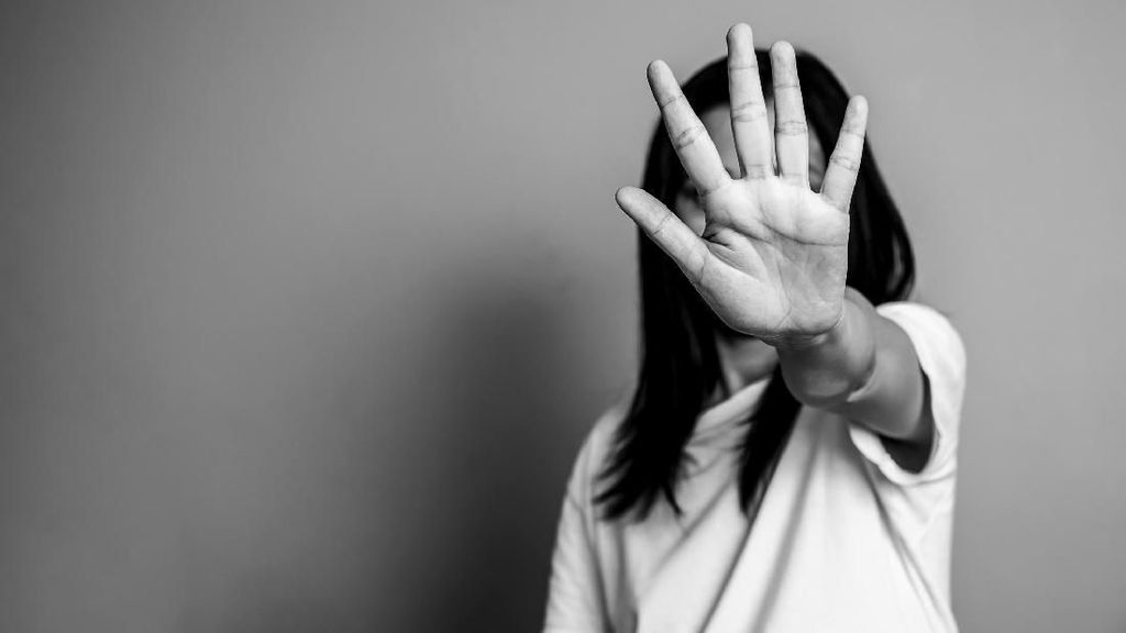 Begal Payudara Bisa Beraksi Kapan Saja, Ini Saran Psikolog