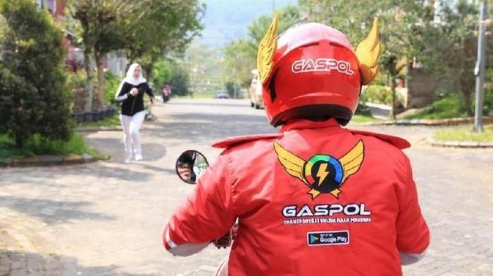 Helm Gaspol banyak dibilang mirip superhero Gundala yang lagi viral. Foto: Dok. Gaspol