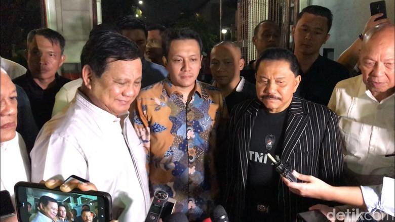 Prabowo-Hendropriyono Tukar Pandangan soal Papua