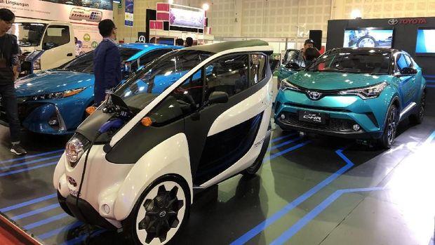 Toyota i-Road, kendaraan personal bertenaga listrik