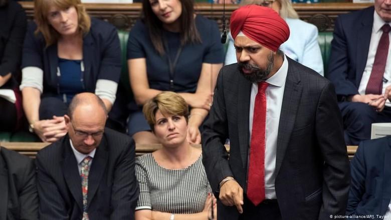 PM Inggris Dituntut Minta Maaf Atas Pernyataan Rasis di Masa Lalu
