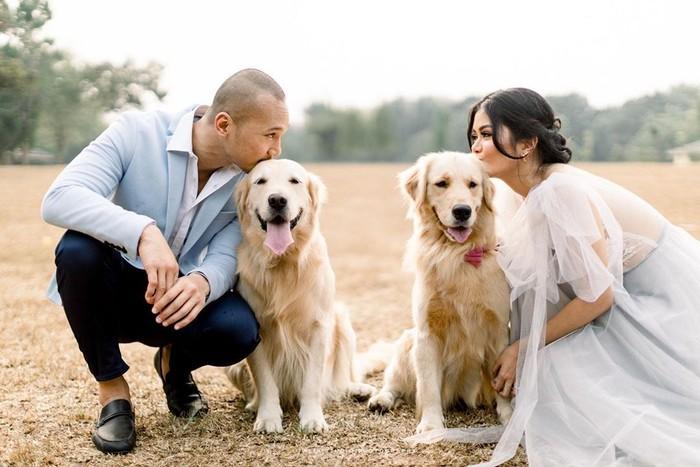 Saat anjingnya mengigit seorang asisten rumah tangga (art), Bima Aryo memang tak bisa dimintai keterangan karena tengah melangsungkan pernikahan. Wanita yang kini menjadi isri Bima ini ternyata punya hobi makan. Foto: instagram rasyena