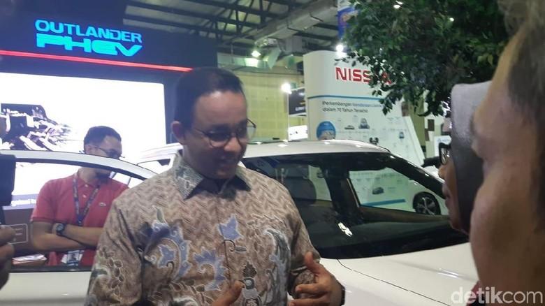 Anies Baswedan di Indonesia Electric Motor Show (Foto: Ridwan Arifin)