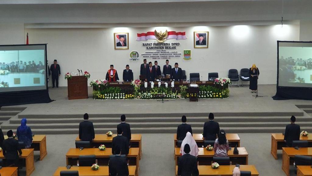 50 Anggota DPRD Kabupaten Bekasi Periode 2019-2024 Resmi Dilantik