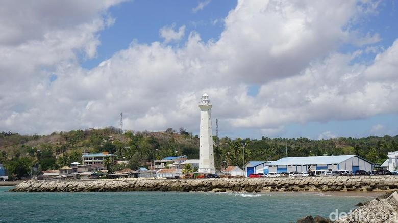 Penjaga mercusuar di Pelabuhan Baa Rote (Syanti/detikcom)