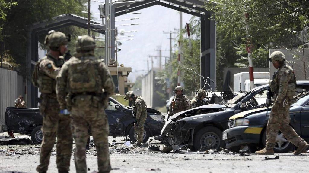 Akademi Militer di Afghanistan Diserang Bom