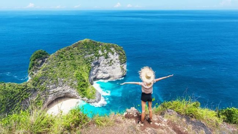 Ilustrasi wisatawan (iStock)