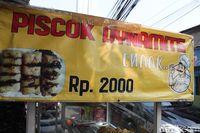 Piscok Dynamite: Legit Lumer Piscok dengan Cokelat Rahasia