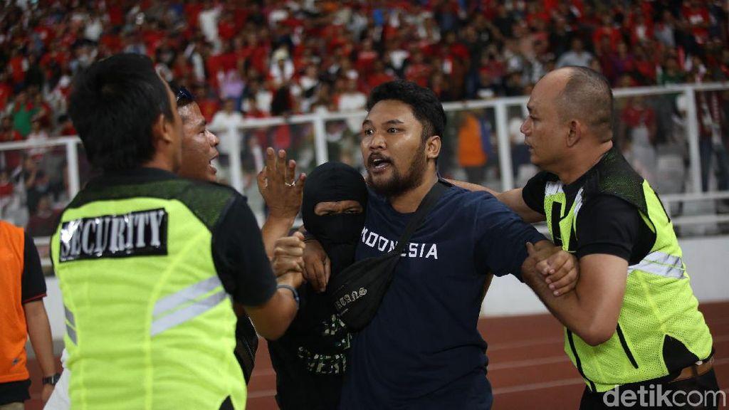 Sanksi Mengancam Usai Rusuh di GBK, Sekjen PSSI: Terima Segala Keputusan FIFA