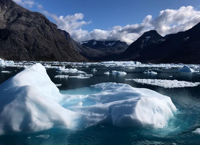 es yang mencair di greenland