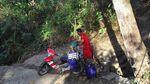 Alami Kekeringan, Warga Grobogan Mencari Air Hingga ke Hutan
