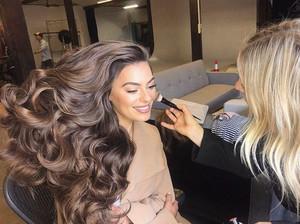Viral, Video Ungkap Rahasia Rambut Model Jadi Sangat Indah di Iklan Sampo