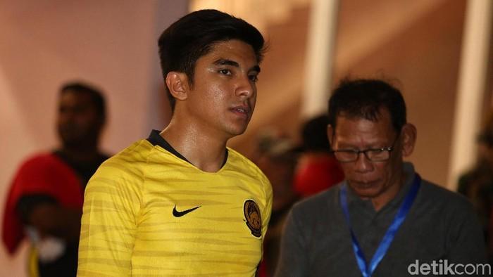 Menpora Malaysia dan Ultras Malaya sempat tertahan di lorong pemain saat kericuhan suporter terjadi di GBK. Mereka menunggu situasi kondusif untuk kembali ke penginapan.