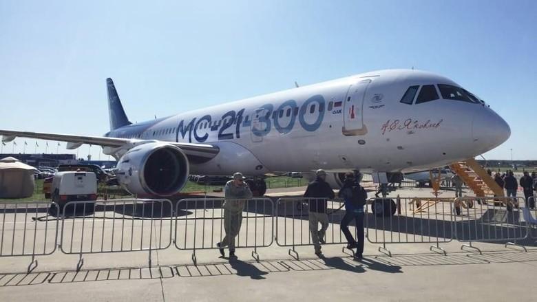 Pesawat Irkut MC-21 (CNN)