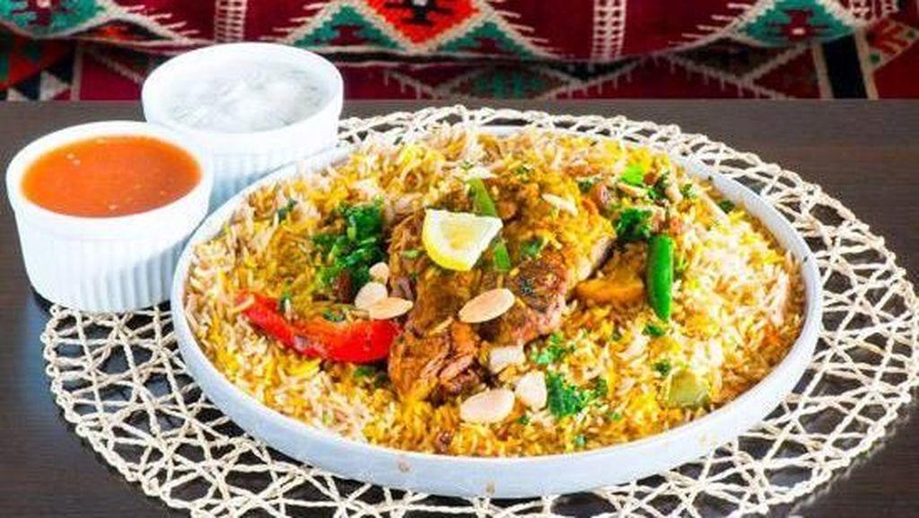 Jadi Menu Makan Prabowo, Nasi Mandhi yang Sedap Bisa Dinikmati di 5 Tempat Ini