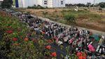 PKL Pasar Senen Menjamur ke Jalan Raya