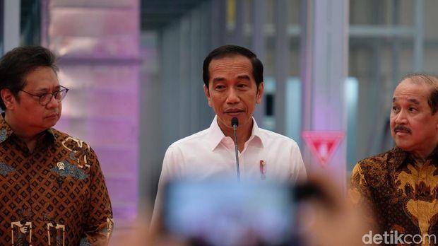 Jokowi ikut luncurkan mobil perdana Esemka /