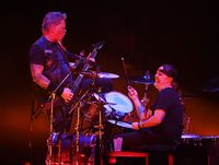 Aksi Metallica saat menggelar konser di Las Vegas, AS.