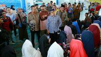 Bupati Anas Imbau Para Guru Kunjungi Career Expo untuk Pantau Minat Siswa
