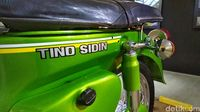 Motor pak Tino Sidin