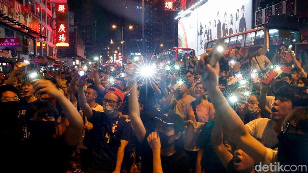 Imbas Demo Hong Kong, 700 Orang Pegawai Restoran Kena PHK