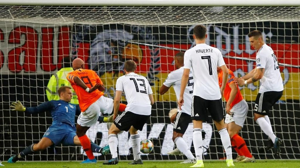 Rentetan Gol Kala Belanda Hancurkan Jerman