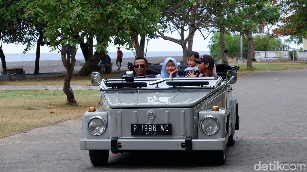 Foto: Keliling Banyuwangi Naik Mobil Antik
