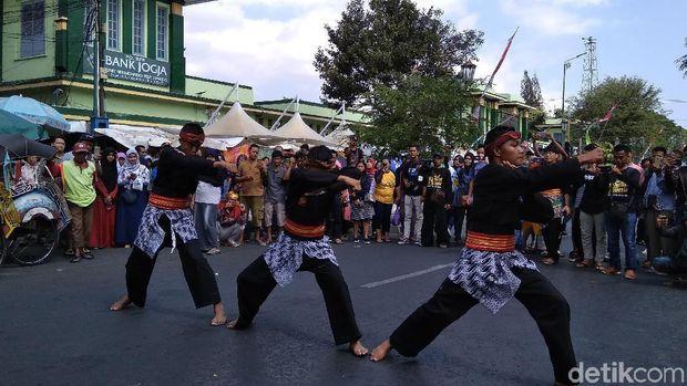 Ribuan Pesilat Tumpah di Malioboro Yogyakarta
